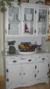 buffet and hutch painted